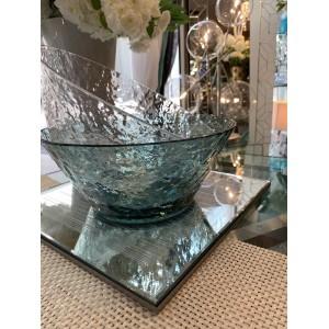 Saladier en plexiglas transparent